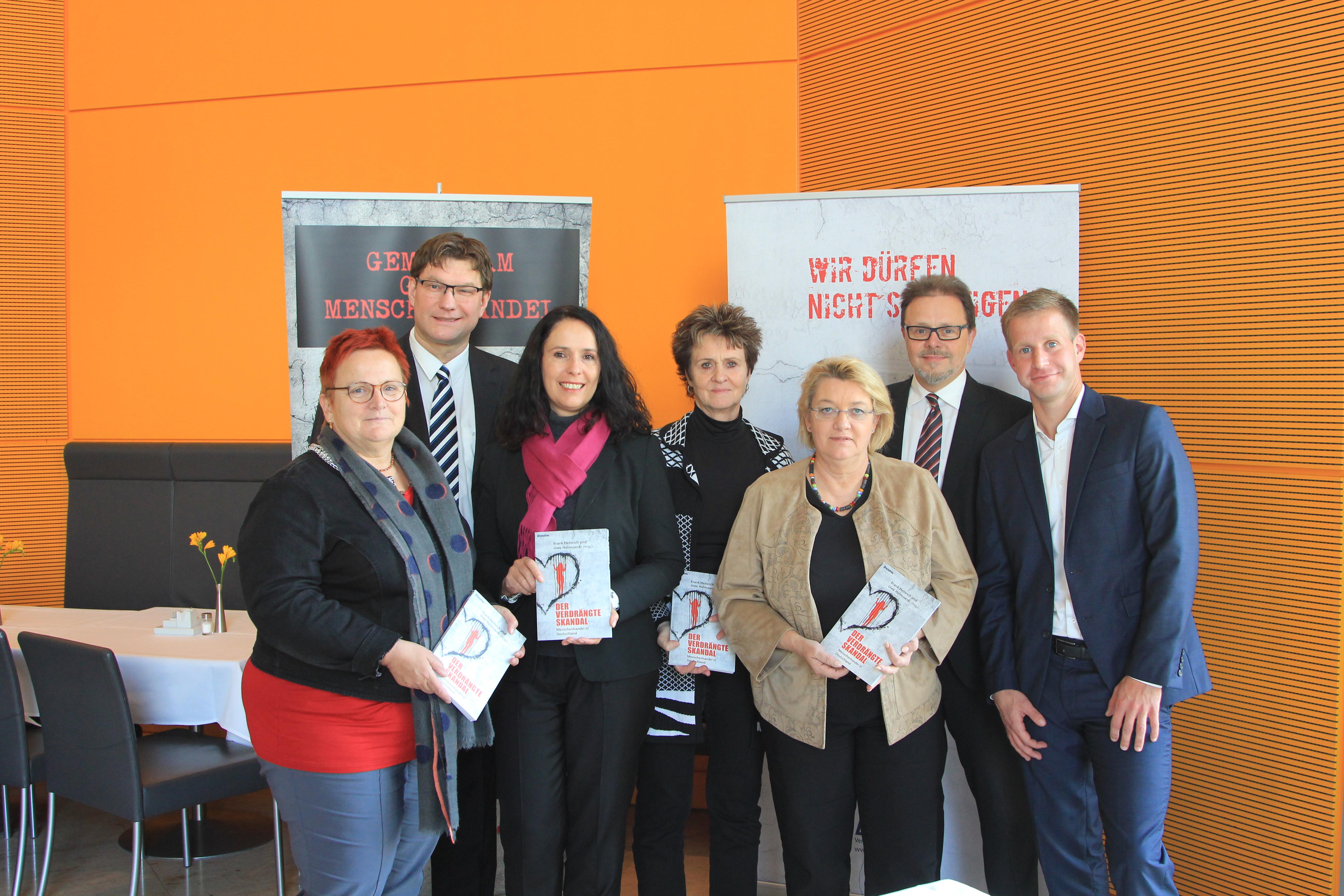 Abgeordnete freuen sich über Engagement gegen Menschenhandel